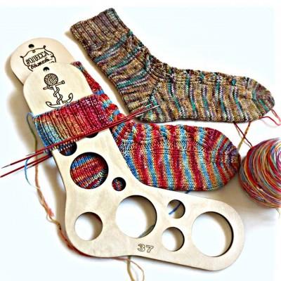 "Носки спицами из пряжи ""Sock"">"