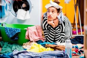 Как правильно стирать и сушить вязаные вещи?