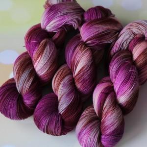 Yak Merino цвет Туманная фуксия