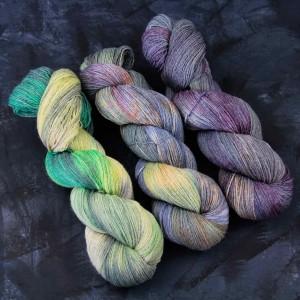 Дымчато-сиреневый цвет пряжи Carded
