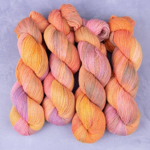 "Пряжа Carded ""Orange Lilac"""