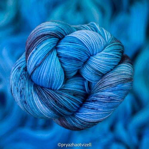 Пряжа Charisma *Блакитний Морфо
