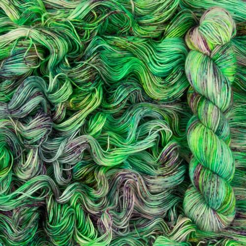 """Пряжа Fayna""""Grass"""", 100% мериносовая шерсть экстрафайн"""