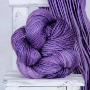 Пряжа из 100% мериносовой шерсти экстрафайн Major *Violet