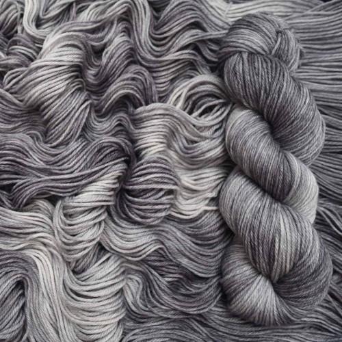 Mavka Graphit - классический серый цвет
