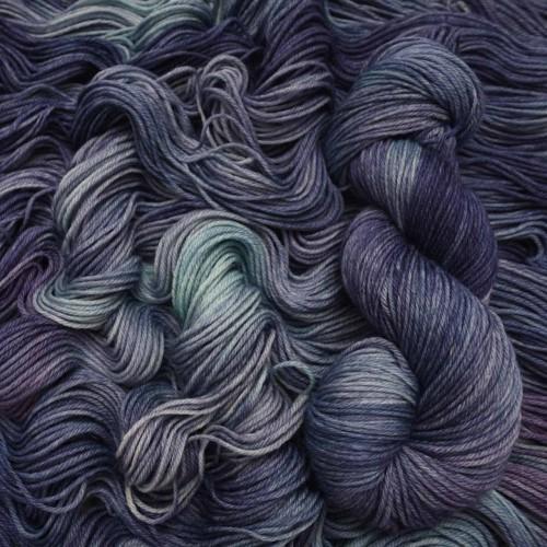 Mavka *Navy Violet
